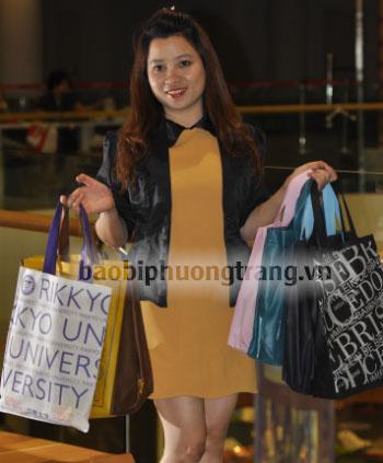 cô gái bán túi vải không dệt trở thành tỷ phú