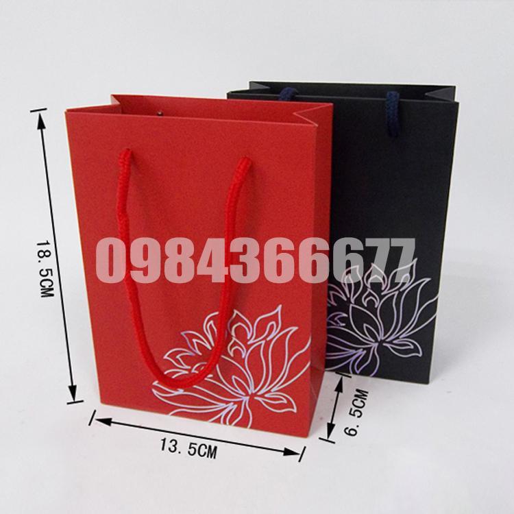 sản xuất túi giấy đựng quà